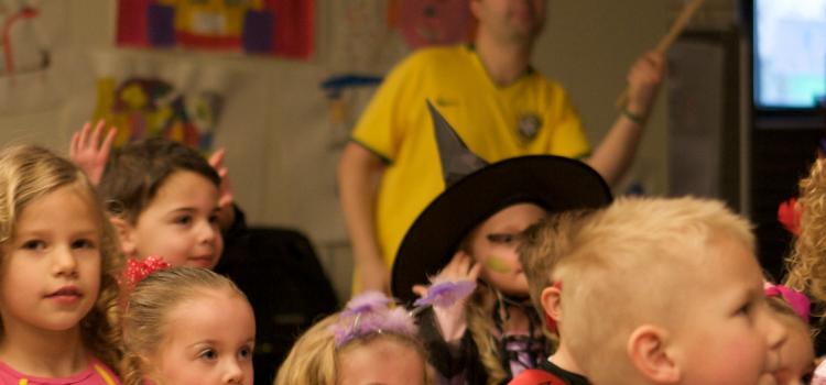 Een feestelijke Sambaschool op De Notenboom