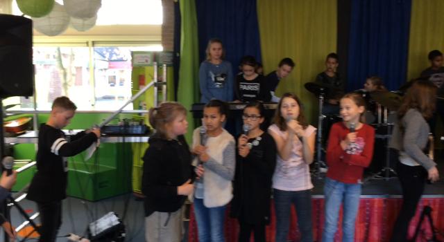 Wederom spektakel op de Jan Harmenshof!